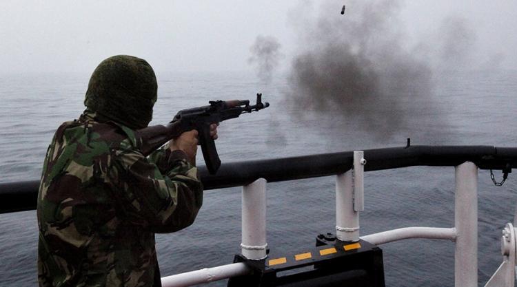 Severokorejská posádka se chtěla zmocnit ruských zbraní. Nastal drtivý úder ruským kulometem