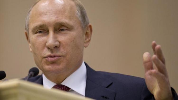 Putin vydal varování: Připravte se, dolar se zhroutí v roce 2016! Experti souhlasí a přináší bližší informace