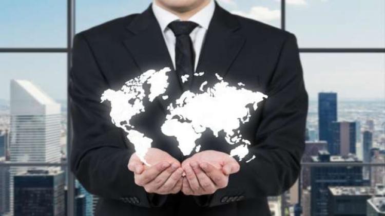 10 největších korporací vydělávají více peněz, než většina světa dohromady