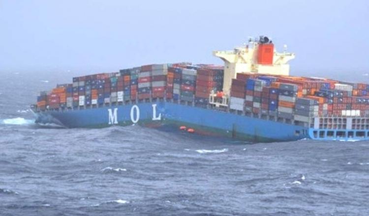 Kolaps západní ekonomiky je tady. Atlantický oceán je poprvé v historii bez velkých nákladních lodí, není komu prodávat