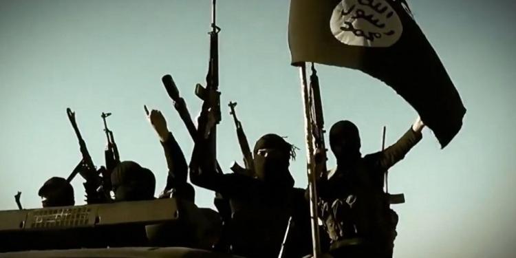Rozzuřený syrský umírněný rebel posílá vzkaz USA a odhaluje, kdo je ve skutečnosti financuje