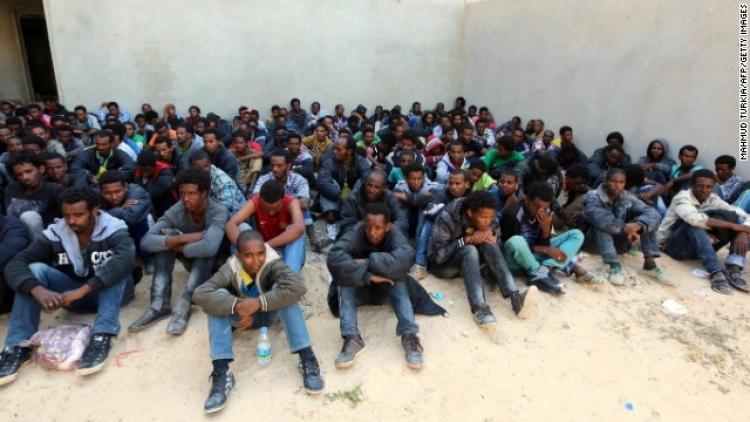 Žádné jídlo zdarma, žádné ubytování, deportace: Rakousko zpřísňuje imigrační zákony