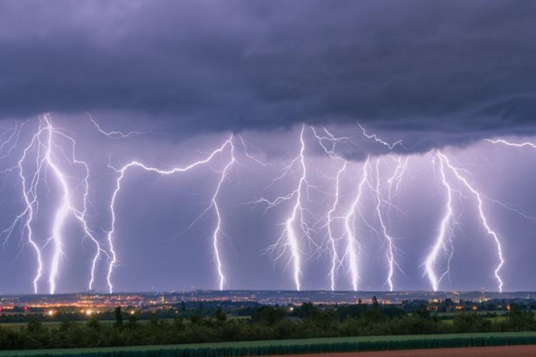 Připravte se. Česko zkropí silné bouřky, varují meteorologové