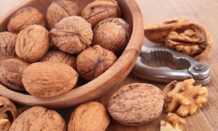 Podívejte se, co se stane s vašim tělem, když sníte každý den pouze 7 vlašských ořechů