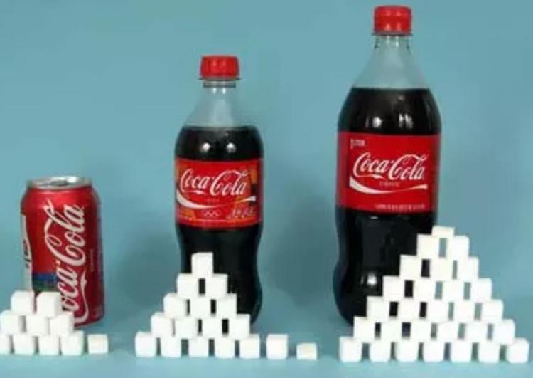 10 průmyslových využití Coca Coly, které vám dokáží, že není vhodná ke konzumaci