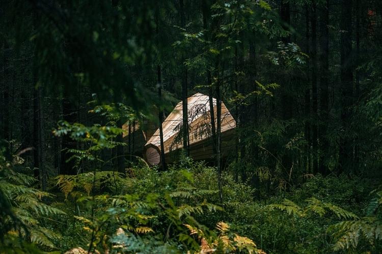 Záhadné megafony jsou k dispozici v hlubokých lesích Estonska
