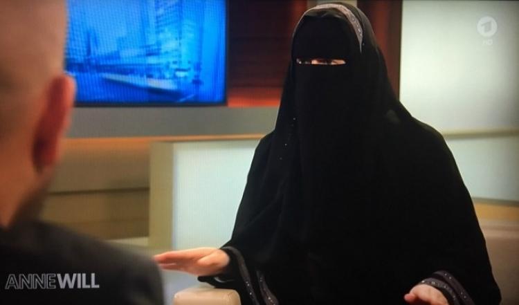 Německá televize si pozvala radikální islamistku, která tvrdila: Jsme ultačovaní a proto se radikalizujeme!