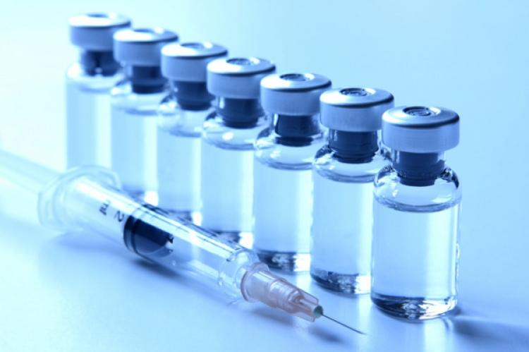 Tento dokument dejte svému pediatrovi, poté si rozmyslí, zda bude chtít očkovat vaše dítě