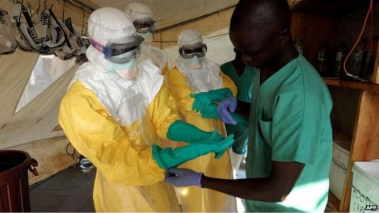 V Itálii vypukla epidemie Eboly, která se úřady pro národní bezpečnost musí tajit lidem