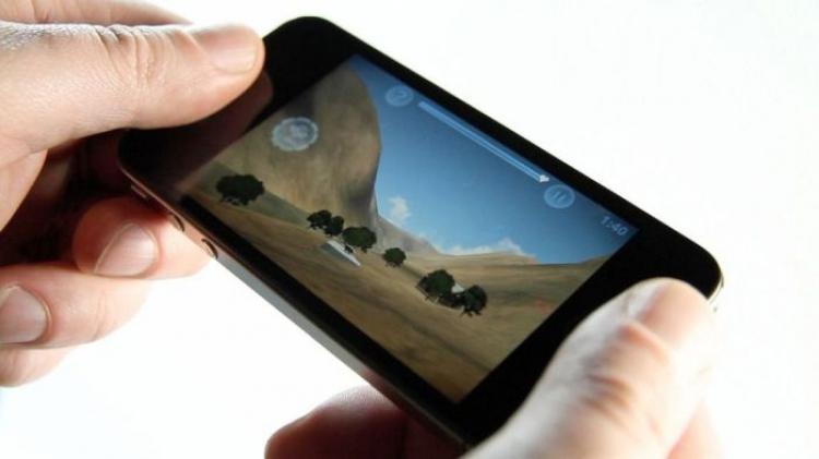 3 důvody, proč raději hrajeme online mobilní hry