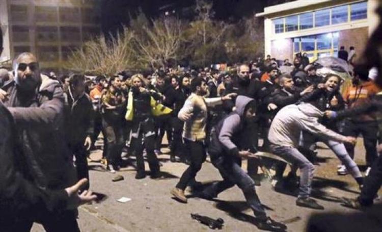 """30 proti 10. """"Imigrantská férovka"""" proti italským mladíkům v Sardínii"""