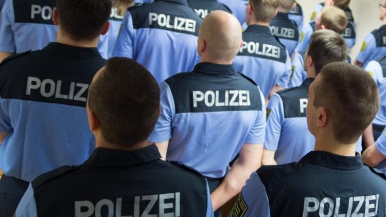 """""""Máme nepřítele ve vlastních řadách,"""" tvrdí šokovaný instruktor z berlínské policejní akademie"""