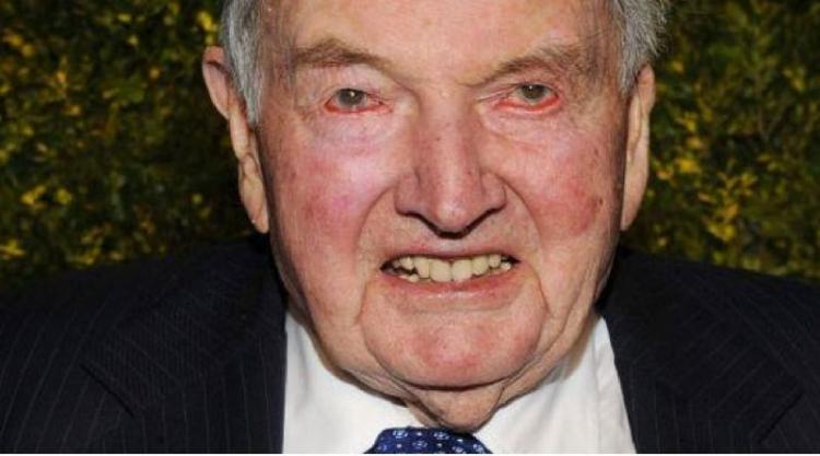 Právě dnes ráno 101letý David Rockefeller dostal své 7. transplantované srdce