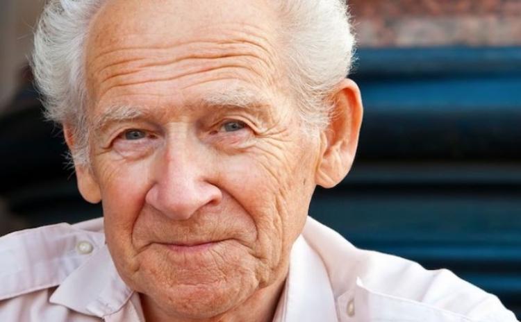 75 letý pacient změnil stravu a uzdravil se z Parkinsonovy choroby