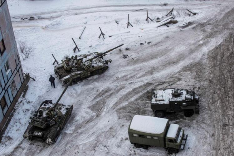 Porošenkův plán při Avdejevke se nepodařil. Nyní začne na Ukrajině cirkus