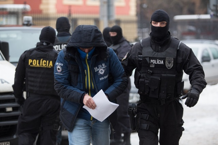 Je to tady: Mimořádná zpráva ze Slovenska. Národní jednotka boje proti terorizmu a extrémizmu zasáhla