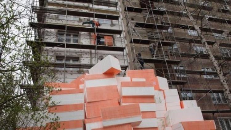 Jedovatý polystyren ze zateplování budov postrachem Česka. Způsobuje rakovinu a od začátku října milionová pokuta
