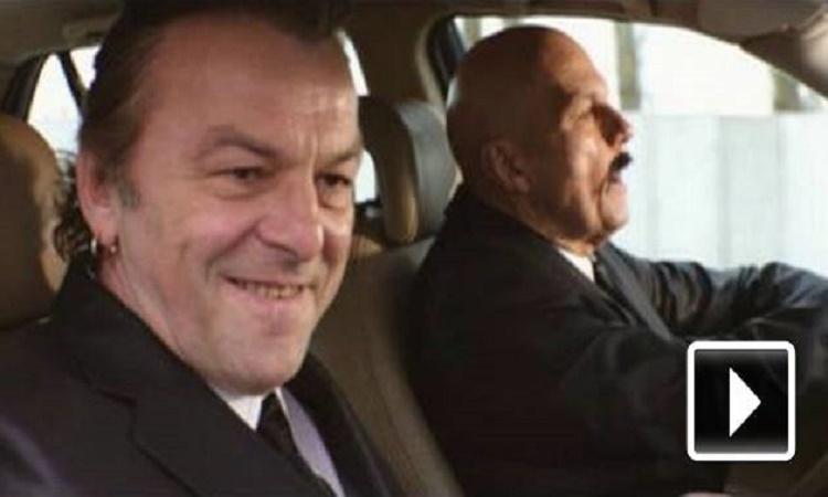 Legendární scéna z Pulp Fiction v podání českých herců se opravdu vydařila