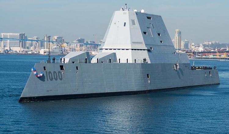 Nejnovější americký torpédoborec Zumwalt se již po několikáté porouchal při zkouškách