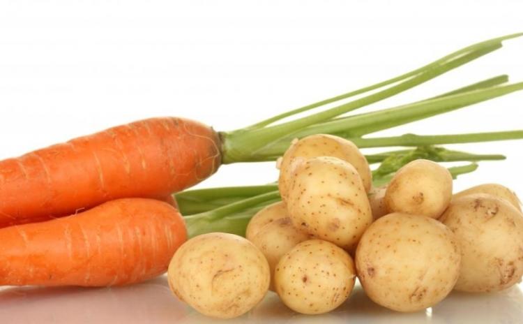 Ode dneška budete brambory vařit společně s mrkví. A řeknete si: škoda, že jste o tom nevěděli dřív!