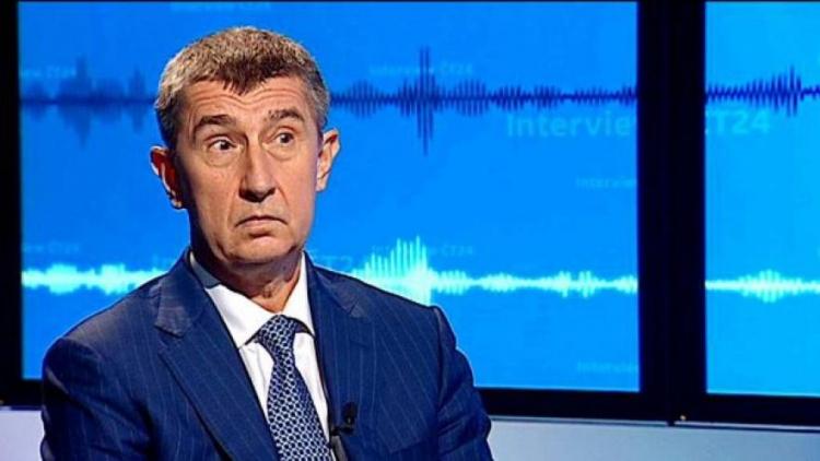 Babiš to nevydržel a v přímém přenosu obvinil Českou televizi z manipulace. Redaktor se nestačil divit