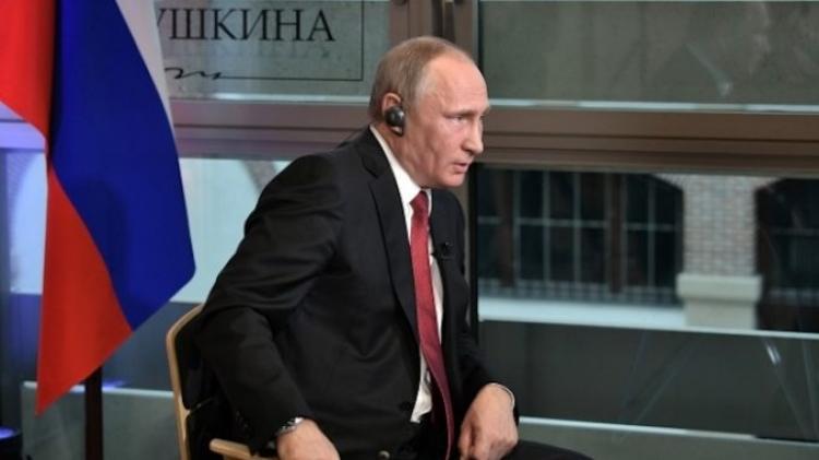 Putin udeřil: Všichni prezidenti USA jsou loutky – Americe vládnou temní muži v oblecích