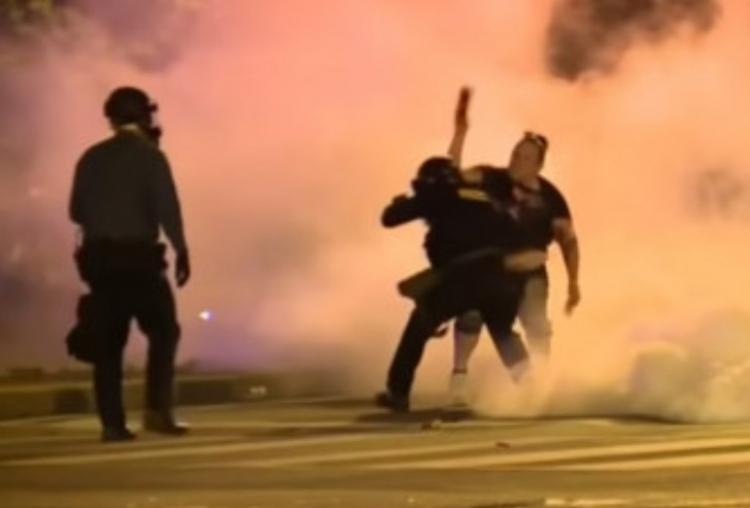 Kdo je viník nepokojů v USA?