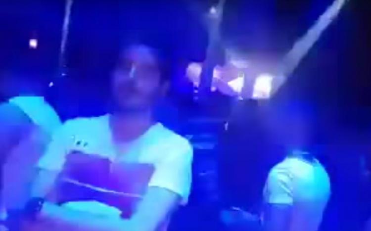 Evropští DJs v Tunisku přestřelili. Zremixovali muslimskou výzvu k modlitbě a pak to přišlo
