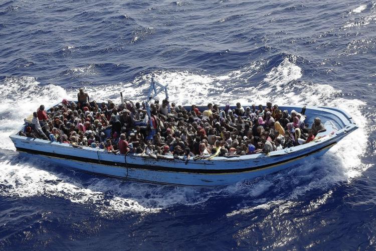 Mezinárodní migrační skandál: Záchranáři jsou v kontaktu s pašeráky z Libye