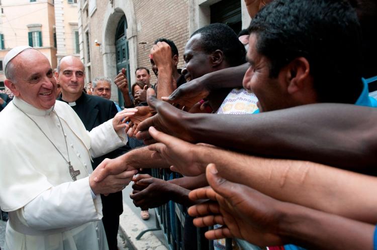 Papež František: Evropa je jako Sára, neplodná žena Abraháma, kterou oplodní uprchlíci