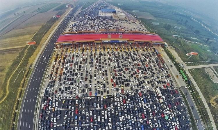 Čína začátkem října zažila nejšílenější dopravní zácpu na světě