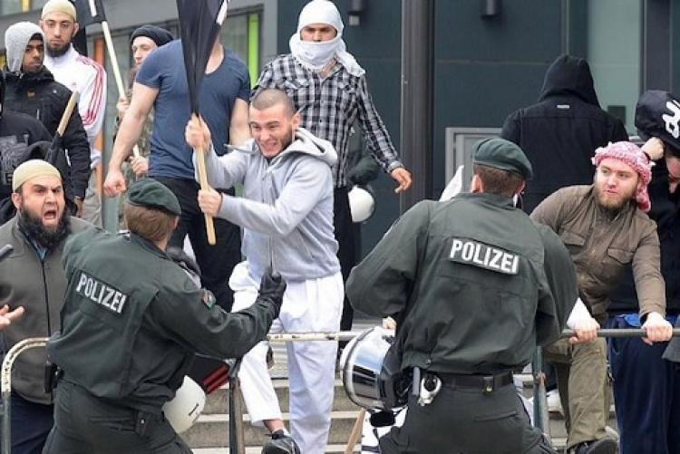 Berlínská policie se dostává pod kontrolu muslimské mafie. Stane se islámská kultura u policie normou?