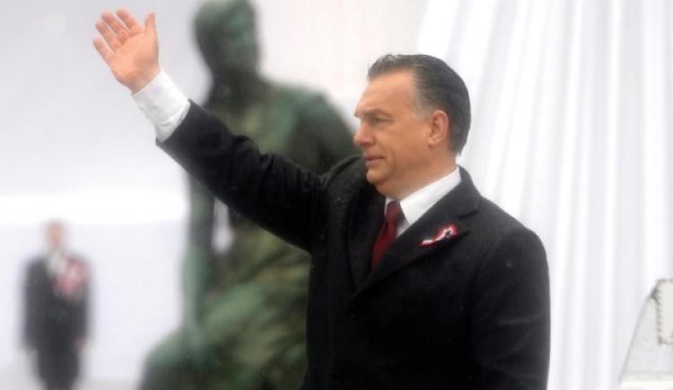 Orbán vzkazuje Němcům: Muslimské migranty jste chtěli vy, ne my