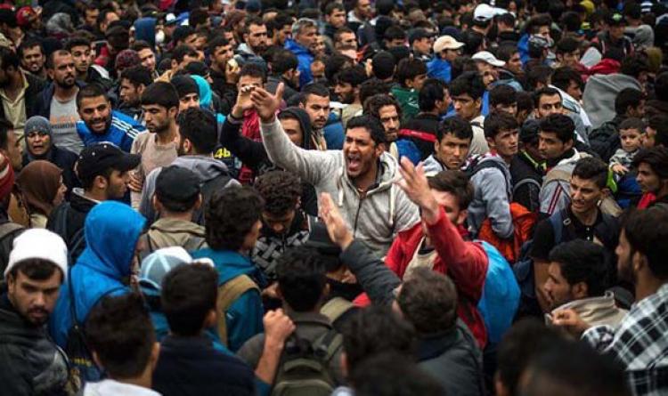 Němci se bouří, útočí na migranty. Policie eviduje tisíce napadení