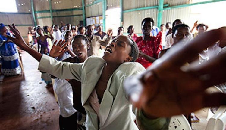 Odvetný útok muslimů v Ugandě. Chcete křesťanství? Zabijeme, znásilníme