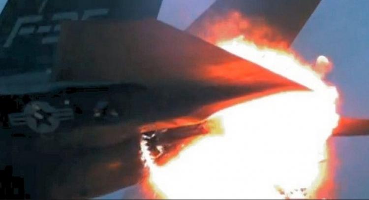 Skrývá Izrael, že poškozený letoun F-35 byl zasažen syrskou raketou S-200?