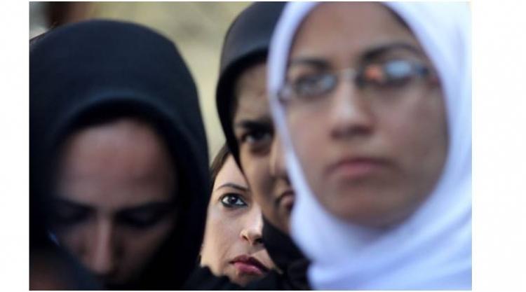 Odveta za Barcelonu. Muslimku ve Španělsku zlynčoval dav
