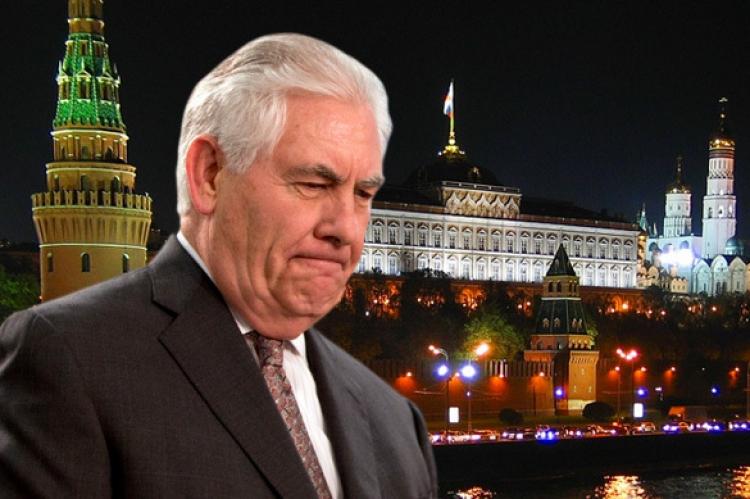 Tajná schůzka Rexe Tillersona s Vladimirem Putinem v Moskvě vyvolala obavy nejen v USA. K čemu došlo?