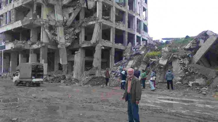 85letý Čech na vlastní pěst navštívil Sýrii a nyní se s vámi podělí o příběh, který je poněkud odlišný od mainstreamových médií