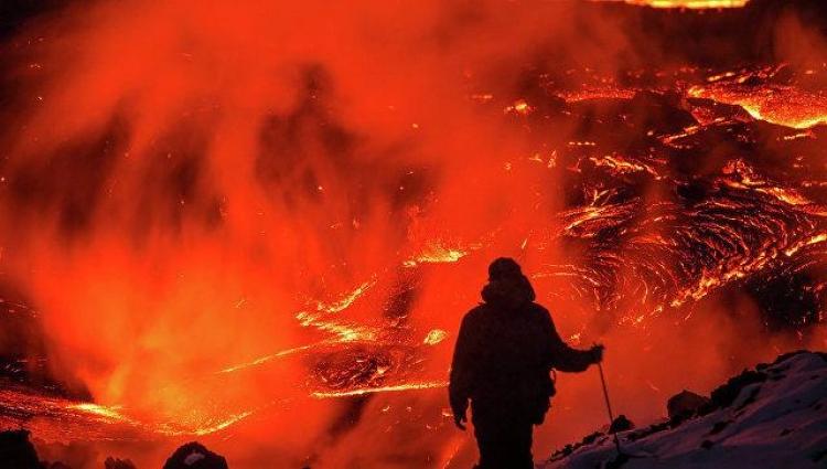 Pod USA objevili gigantickou bombu z magmatu