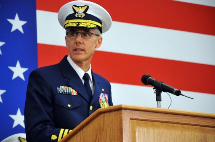 Vysoce postavený americký admirál podnikl let do Bruselu, aby varoval před útokem, ale byl zadržen