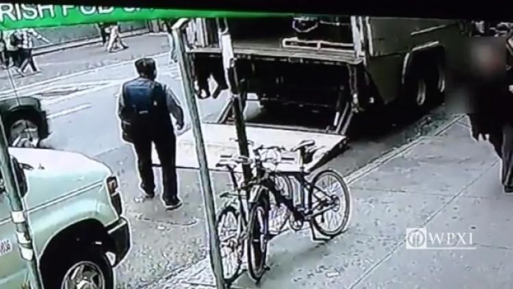 Tento zloděj měl štěstí. Tímto nečekaným způsobem ukradl nádobu zlata za 1,6 miliónu dolarů