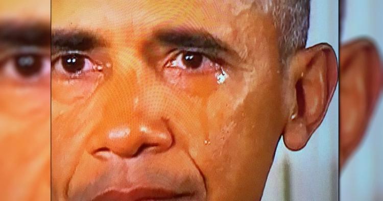 Odhaleno: Podívejte se, co dělal Obama těsně před tím, než začal plakat