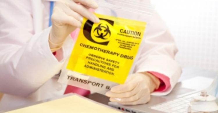 Smrtící chemoterapie? Léčba může ještě více rozšířit rakovinu, varují vědci