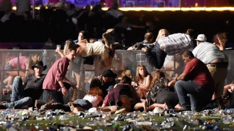 Střelba do davu v Las Vegas je falešná vlajka. Důkazy v článku: černá operace pro znepokojení a odvedení pozornosti
