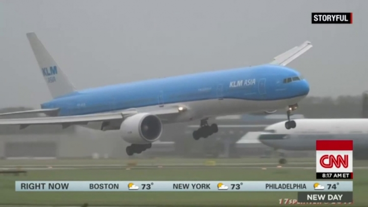 Jedno z nejděsivějších přistání dopravního letadla vůbec bylo zaznamenáno v Amsterdamu