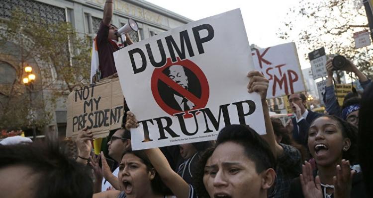 Americký inzerát je zřejmě hoax: Přijďte protestovat jako profesionální odpůrce při Trumpově inauguraci za 2 500 dolarů