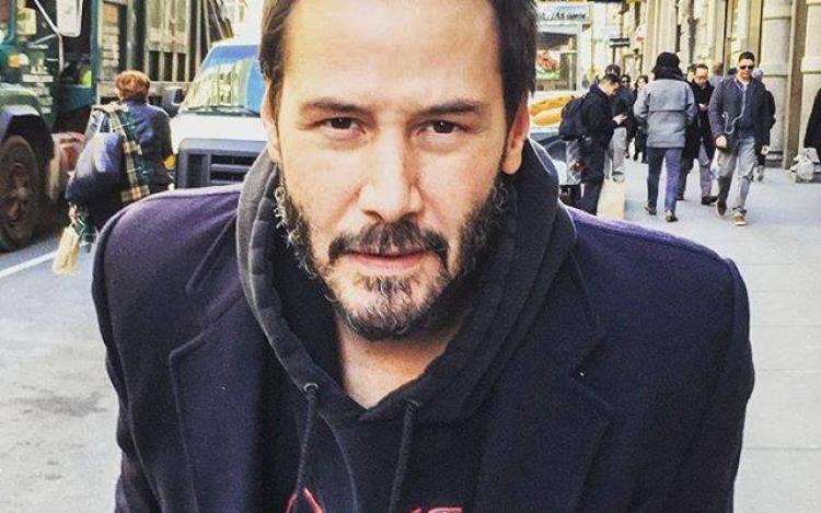 Keanu Reeves ke svému obrázku napsal komentář, který ohromil celý svět