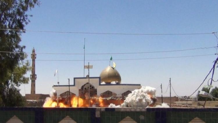 Srbové zbourali mešitu den před začátkem Ramadánu. Neměla prý stavební povolení