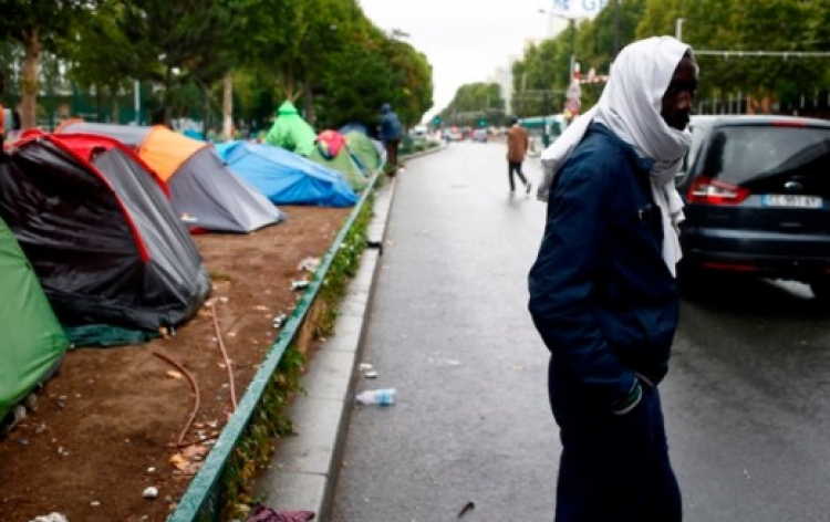 Jediný způsob, jak zabránit občanské válce je vytvoření muslimského státu ve státě, doporučuje francouzský akademik